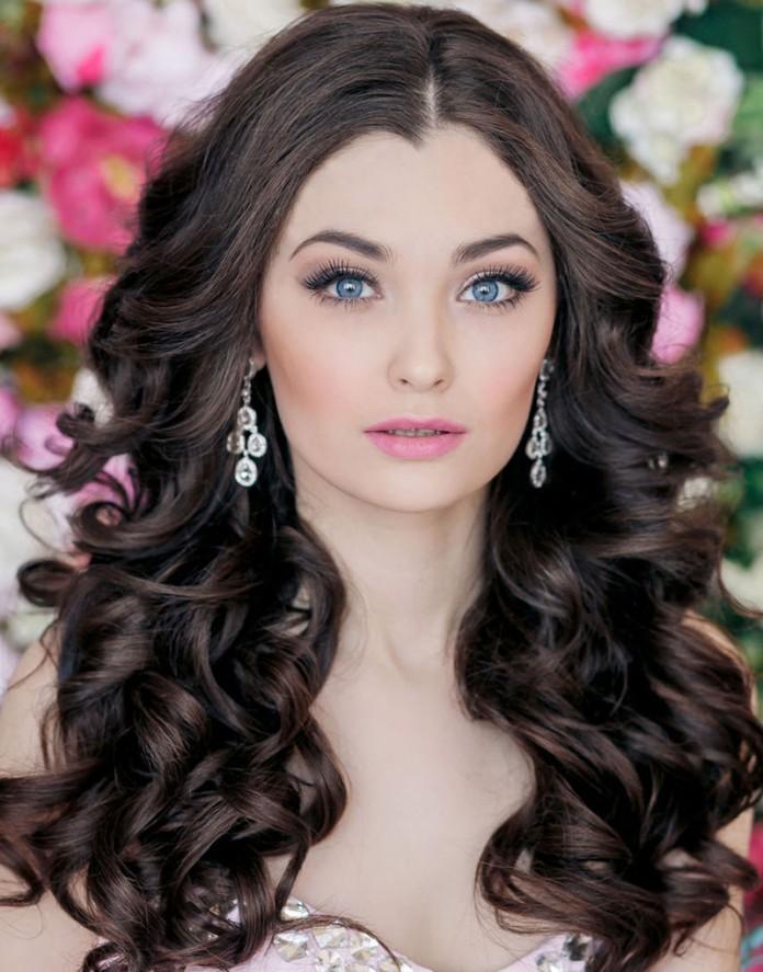 Завитые волосы: 6 мастер-классов звездных причесок