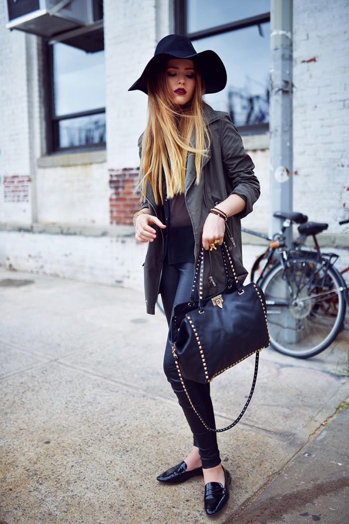 Шляпа – модный аксессуар этой весны.