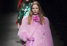 Монохромные наряды: стиль серьезных и стильных женщин