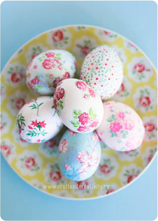 Цветочное украшение яиц к Пасхе