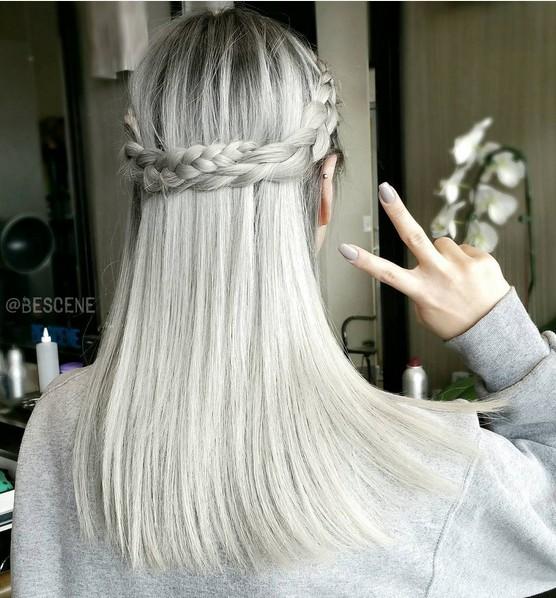 Прическа на волосы средней длины - плетения и косы, обвивающие голову наподобие ободка