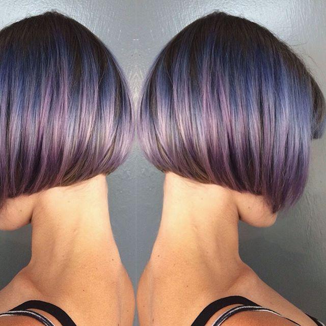 короткий боб на прямых волосах без челки с окрасом омбре