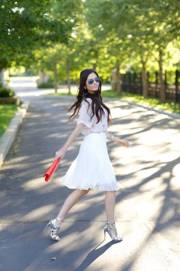 Серебристая обувь – тренд сезона