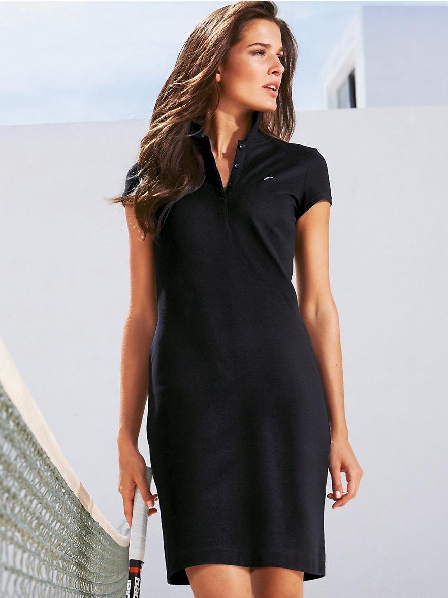 Фасон платья поло, темно-синее платье в спортивном стиле. Модель платье поло 2020