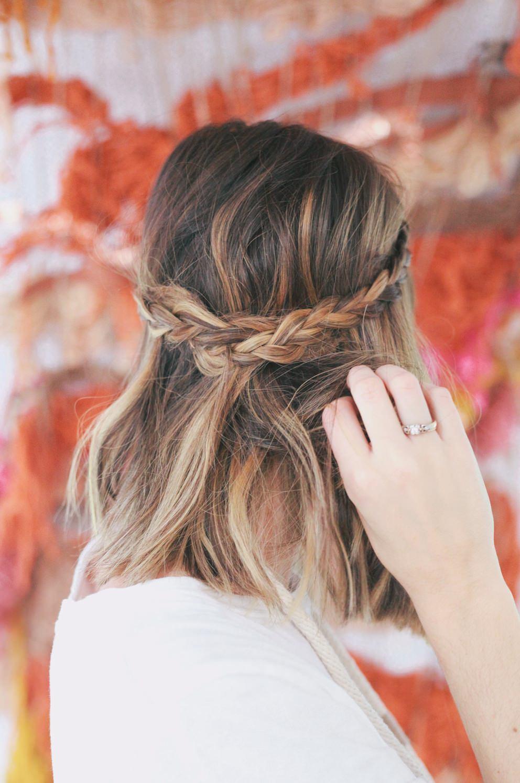 модное плетение косы со средними волосами -водопад – яркая коса на средние волосы