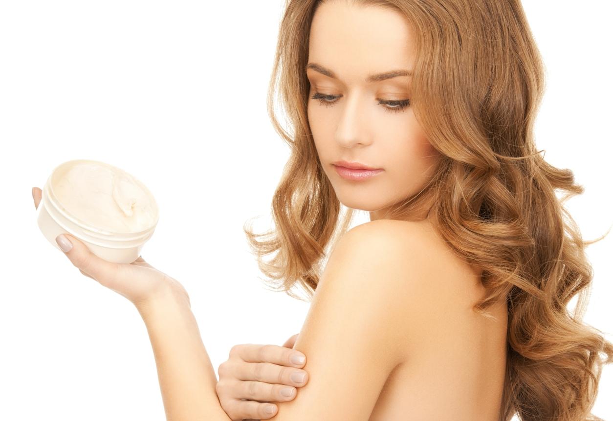 10 вредных веществ в увлажняющем креме, которые уродуют наше тело