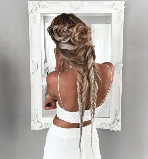 Сложная прическа дли длинных волос с косами и пучком на затылке