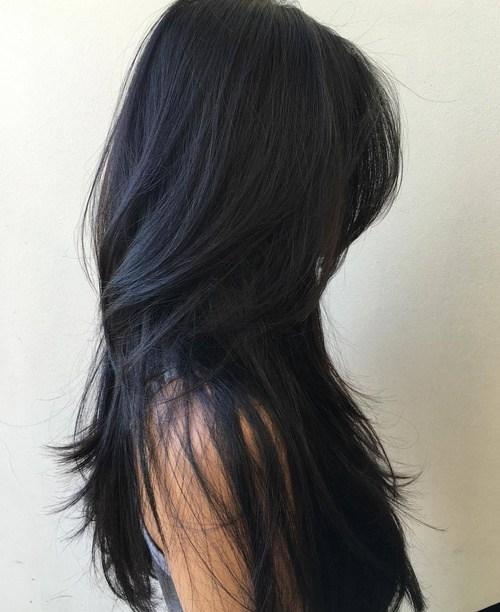 Модная рваная стрижка на длинные волосы 2020 - фото женские