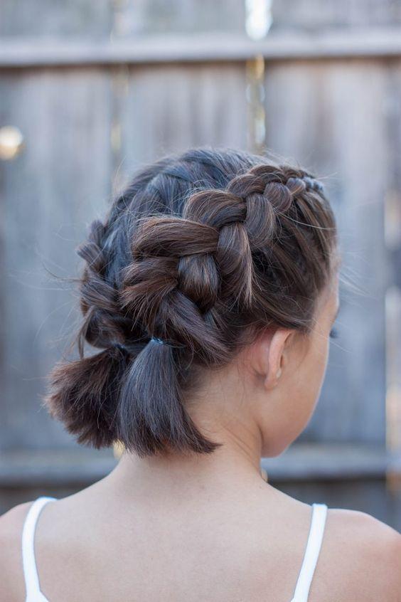 Две косы на коротких волосах