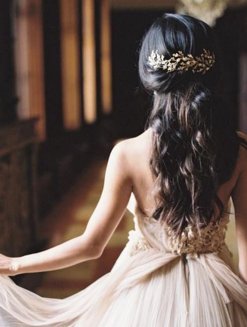 Греческая причёска с косой цветами