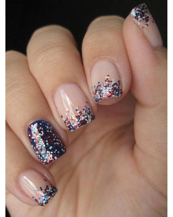 Нарощенные ногти фиолетового цвета фото