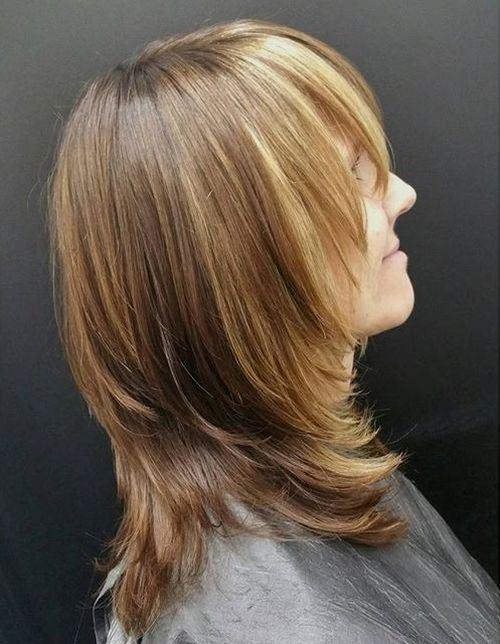 градуированный каскад для тонких волос с челкой