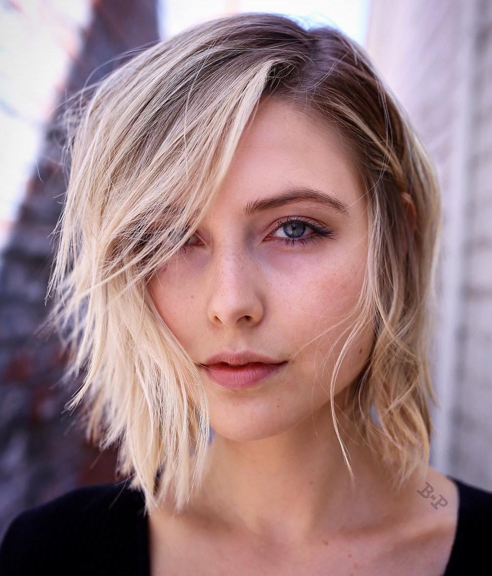 градуированный каскад для тонких волос