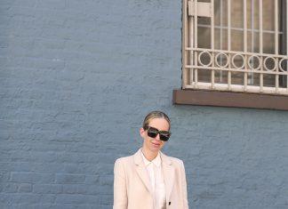Бежевый наряд с элегантным пальто