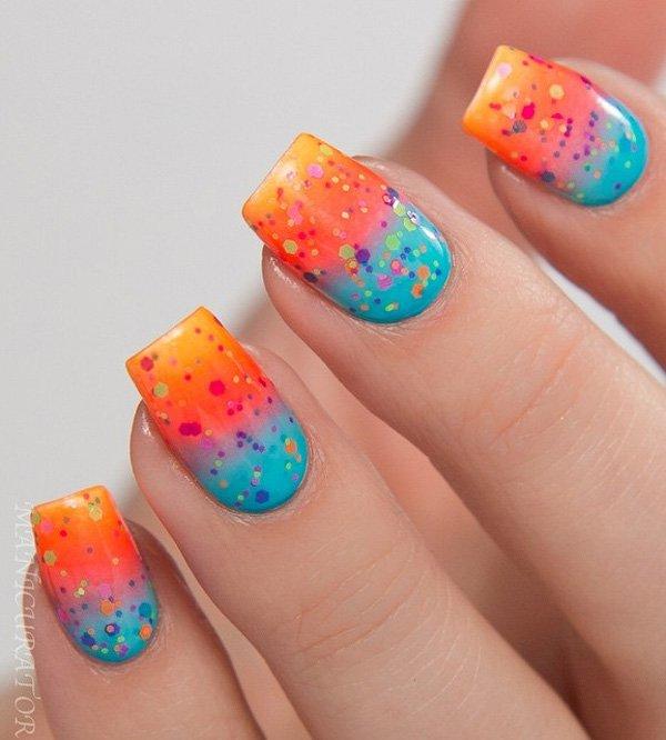 Маникюр разноцветных цветов на удлиненных ногтях прямоугольной формы