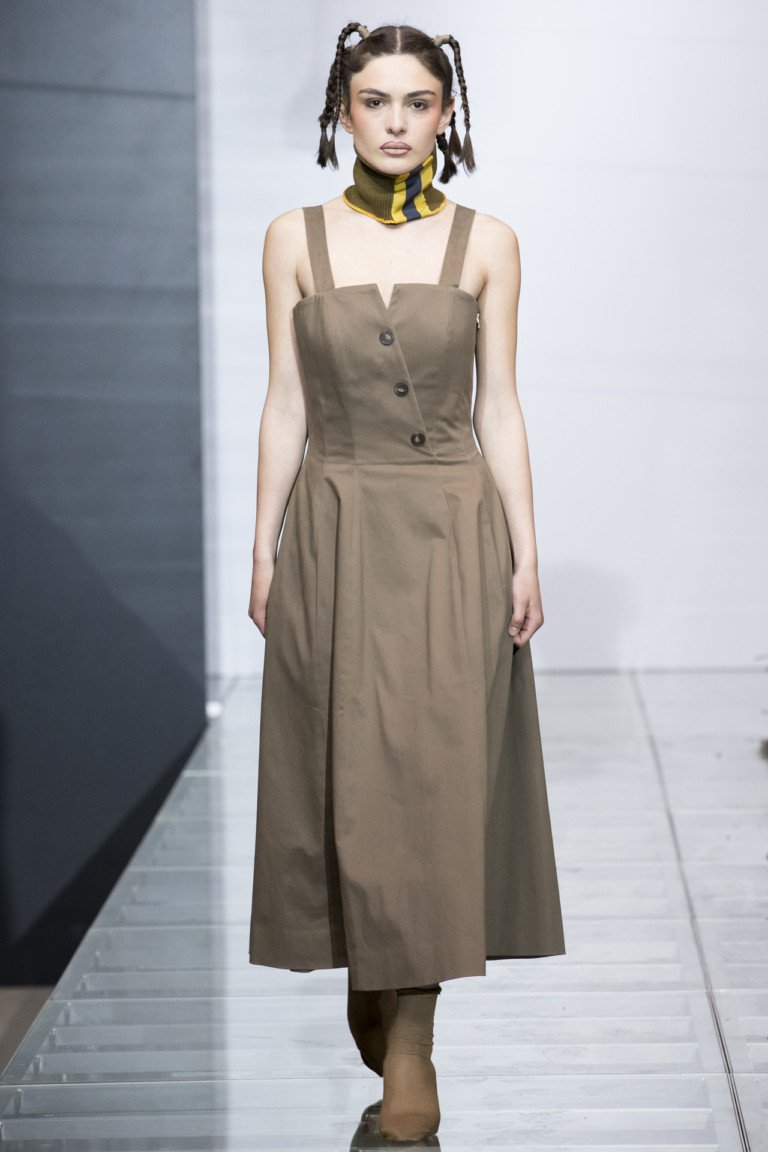 Светло-серый платье сарафан