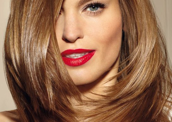 Фото обзор градуированных стрижек для волос средней длины