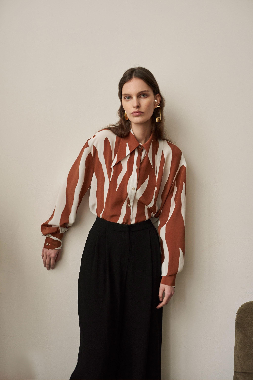 Cienne модная блузка 2019 бело-коричневого цвета