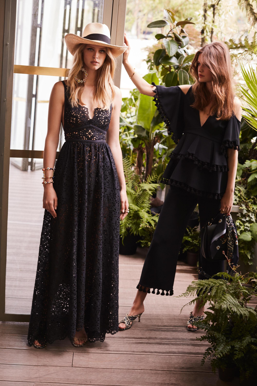 Elie Saab длинное кружевное черное платье 2019 с глубоким вырезом