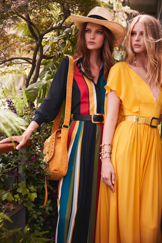 Elie Saab платья ярко желтого цвета и платье в вертикальную полоску 2018-2019