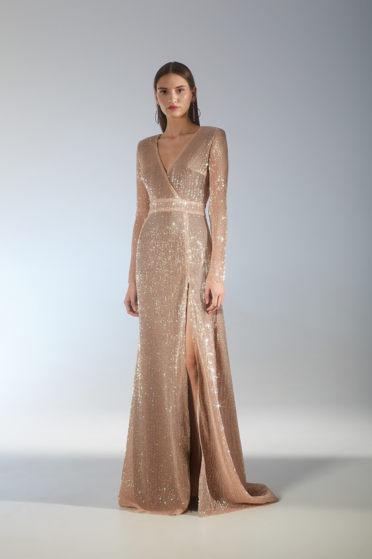 House of Fame длинное блестящее платье 2019 светло-бежевого цвета
