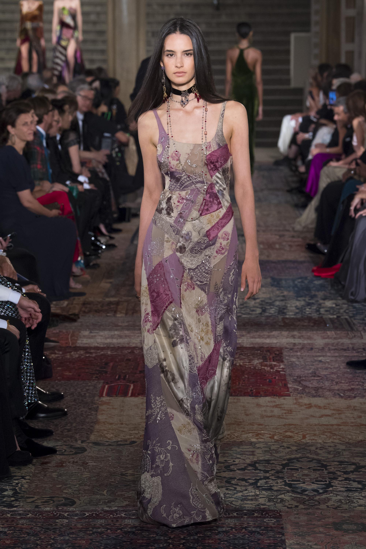 Ralph-Lauren длинное платье розово-фиолетовых тонов 2019 на тонких бретельках со стразами