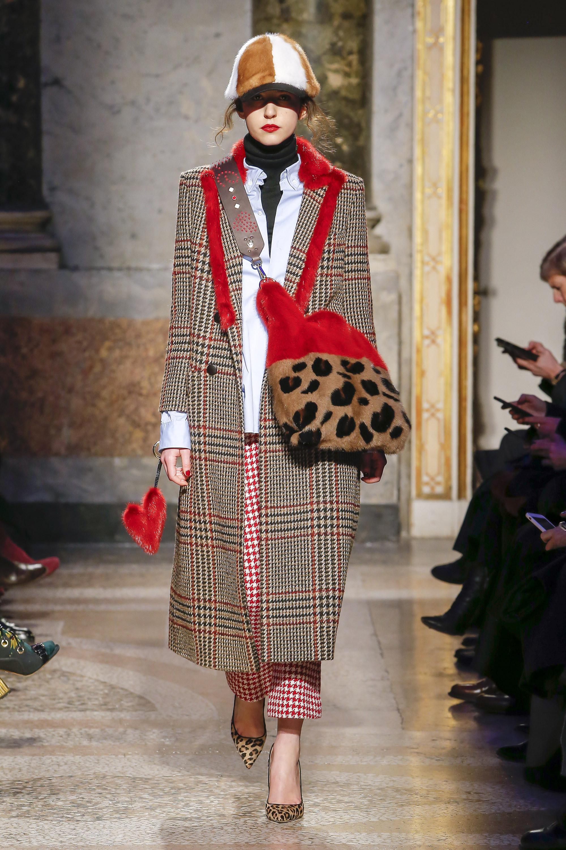 Simonetta-Ravizza пальто в клетку 2019 с красным меховым воротником