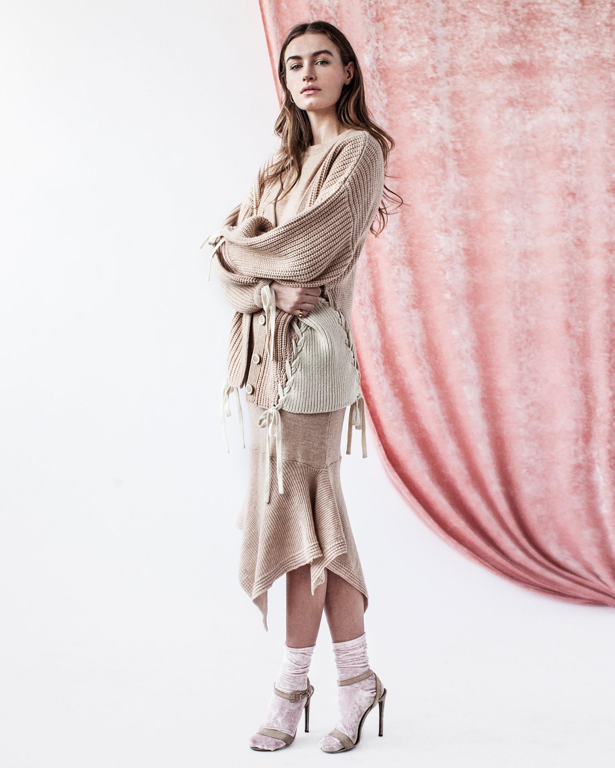 Tabula Rasa модный кардиган 2019 светло-бежевого цвета со шнуровкой