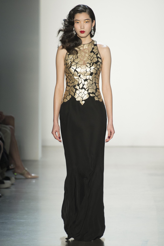 Tadashi Shoji черное длинное платье 2019 с золотыми цветами