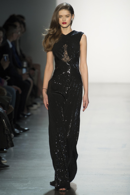 Tadashi Shoj черное длинное платье 2019 с блестящим отливом
