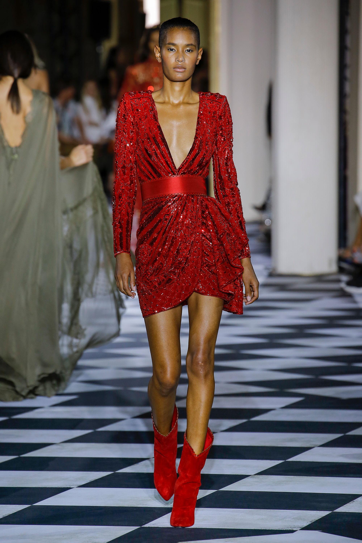 Zuhair Murad блестящее короткое красное платье 2019 с глубоким вырезом