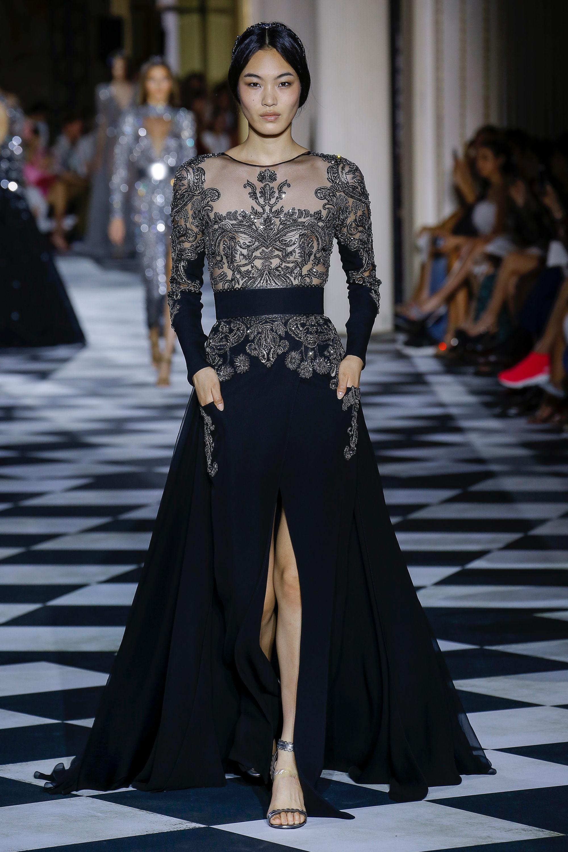 Zuhair Murad черное длинное платье 2019 расшитое серебряной нитью и длинным разрезом