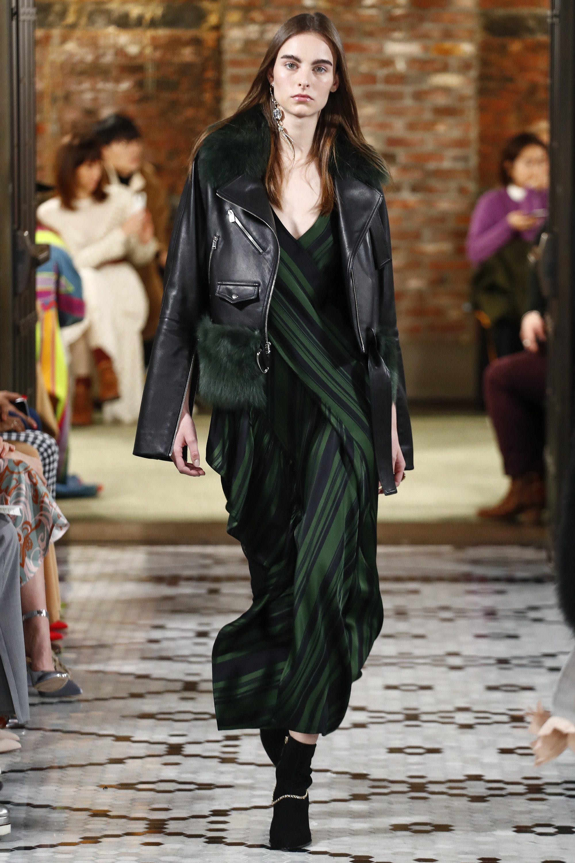 ADEAM стильная женская короткая куртка дубленка 2019 с зеленым мехом
