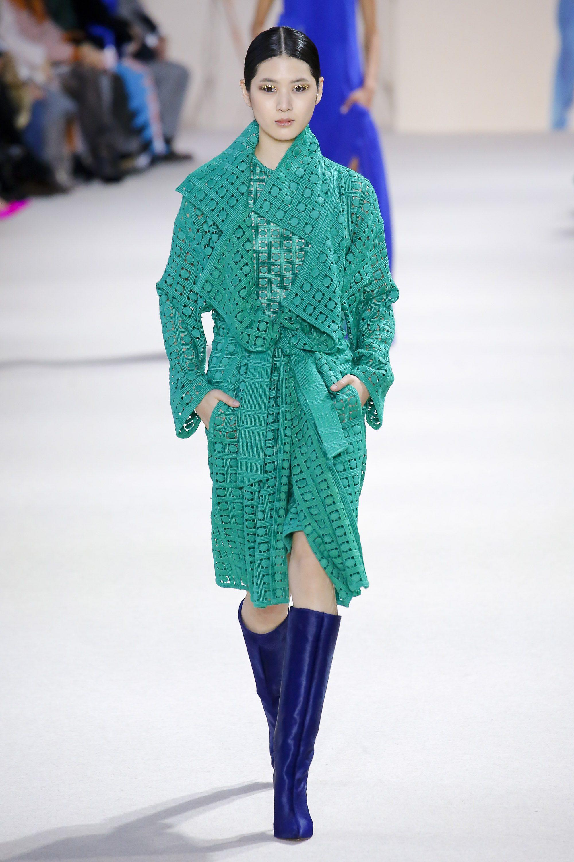 Akris зеленое модное летнее пальто с перфорацией 2019