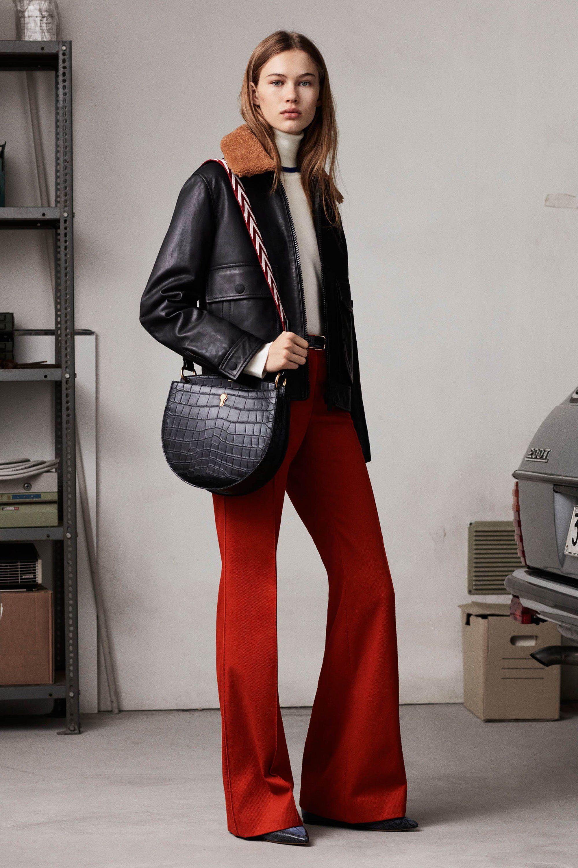 Bally красные брюки клеши 2019 и короткая дубленка с овчиной