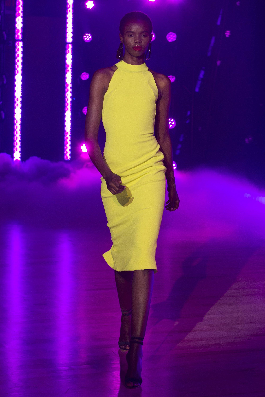 Brandon Maxwell желтое обтягивающее платье 2019