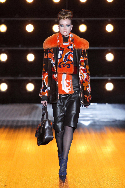 Braschi меховая куртка 2019 с оранжевым мехом