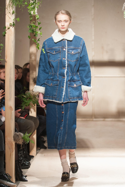 Flow the Label джинсовая куртка 2019 с большими накладными карманами с воротником и манжетами из искуственного меха