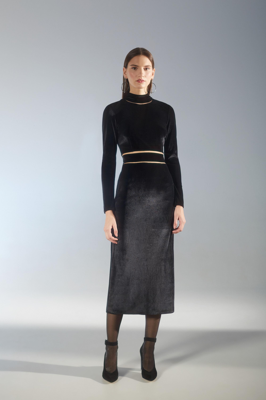 House of Fame черное шелковое платье с длинными рукавами 2018-2019