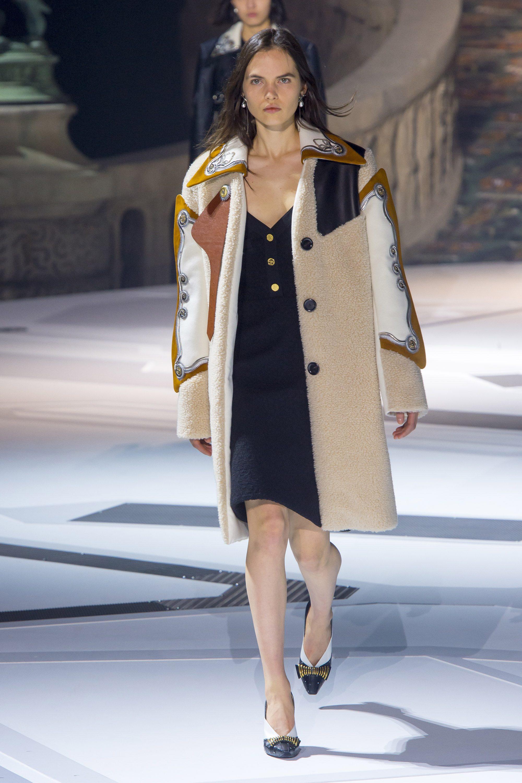 Louis Vuitton шуба из искусственного меха 2019 c рисунком