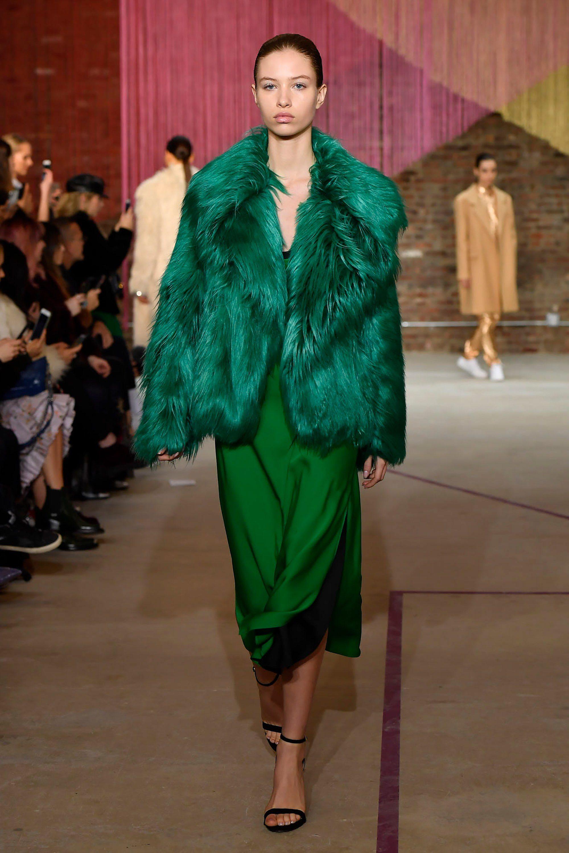 Milly короткий полушубок 2019 из лохматого зеленого цвета меха