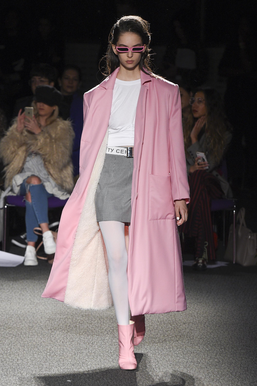 Natasha Zinko розовое утепленное пальто 2019