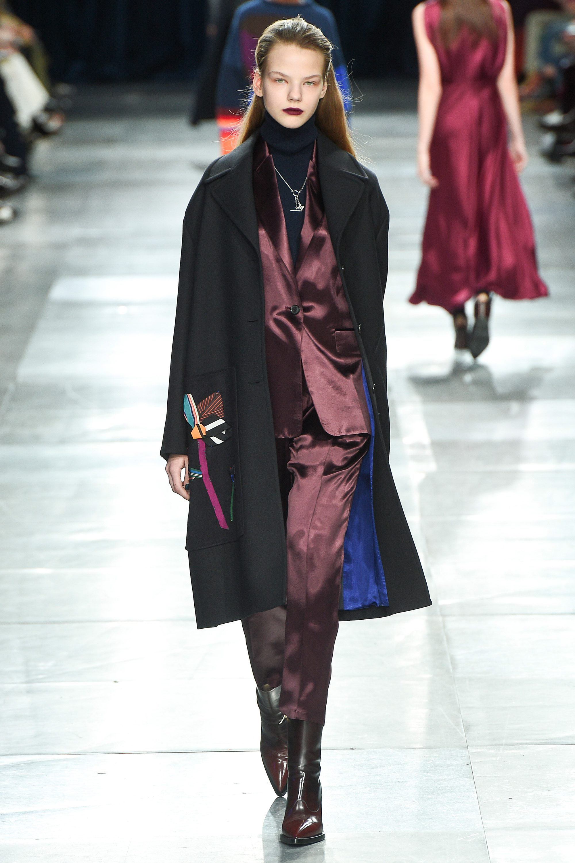 Paul Smith шелковый костюм моды 2019 и черное женское пальто с рисунком