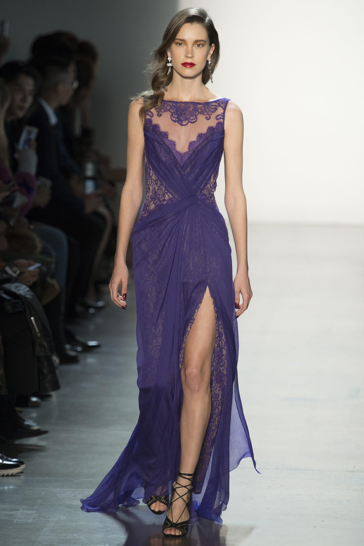 Tadashi Shoji кружевное длинное платье 2019 фиолетового цвета с длинным разрезом