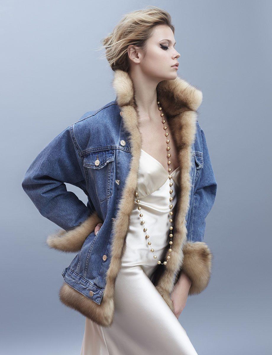 Yana модель зимняя джинсовая куртка с мехом