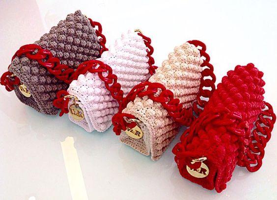 Вязание крючком, узор шишечки или попкорн с объемными цепями