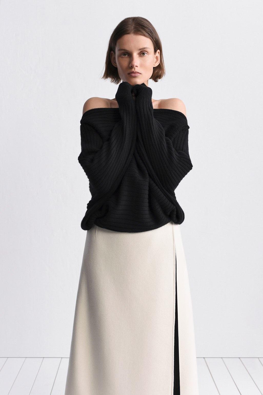 TSE модная кофта черного цвета 2019 с оголенными плечами