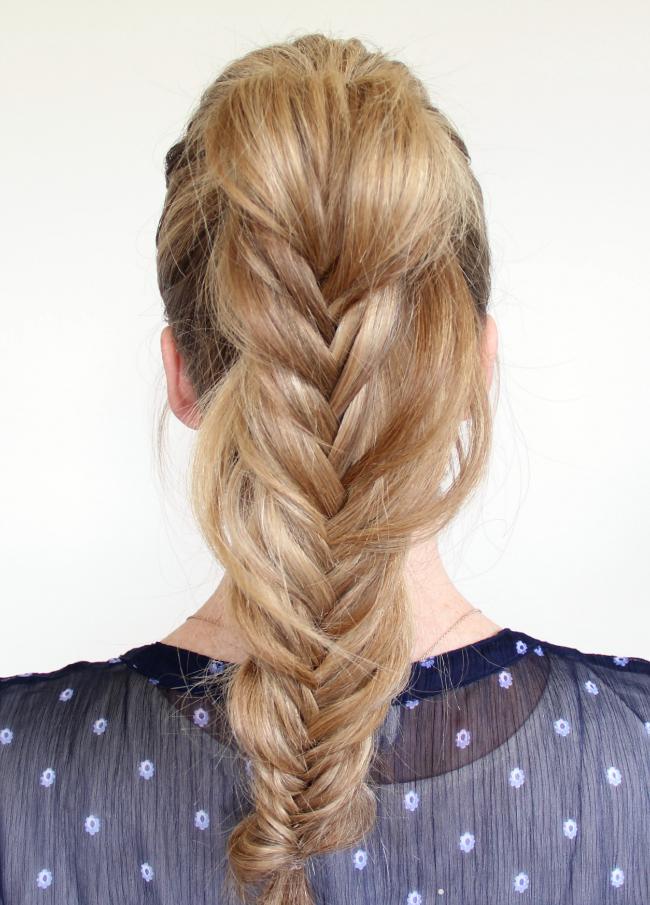 Модная прическа для длинных волос - рыбий хвост